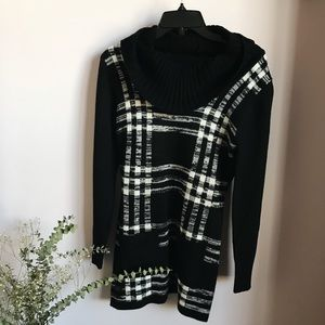 New Directions/ Black plaid sweater dress /